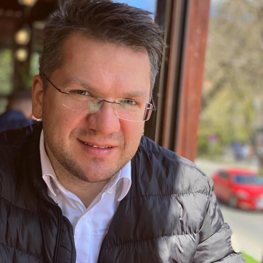 Mihai Neamțu ◉ Progresismul a devenit politică de Stat în România...