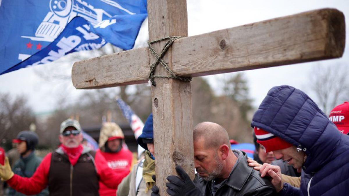 Peter Costea ◉ Creștinii blamați pentru evenimentul din 6 ianuarie